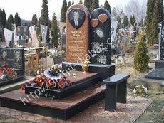гранітні пам'ятники на двох